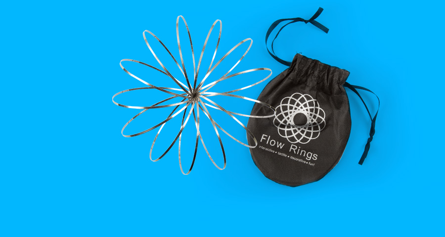 Flow Rings – Get mesmerized by this cool kinetic toy